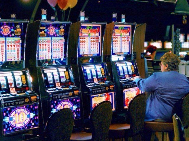 Какими способами выигрывают деньги, играя в казино Чемпион