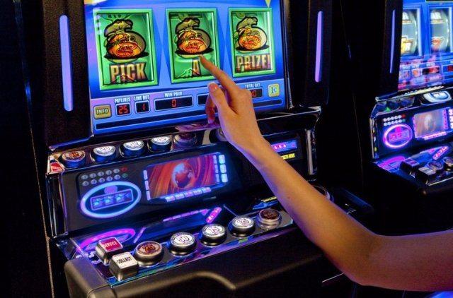 Аплей казино ежедневные турниры и бонусы