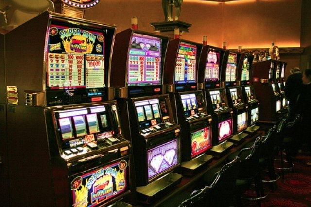 Качественные игровые автоматы в Rox casino